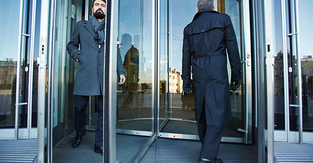 Top Incredible Advantages of Revolving Doors for Businesses