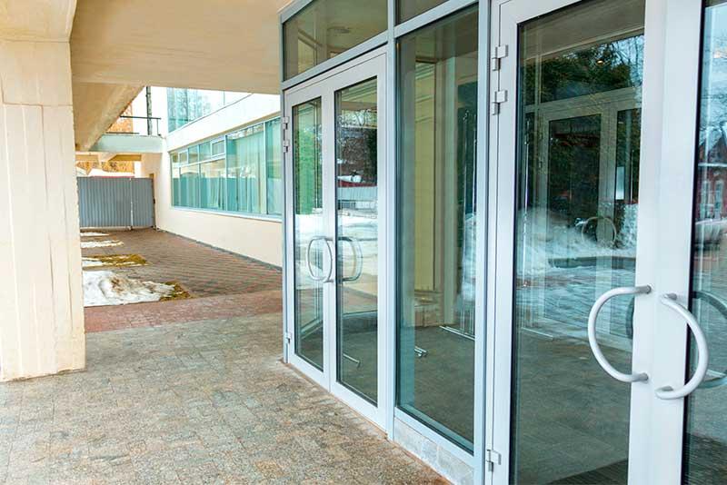Aluminum doors Replace & Repair