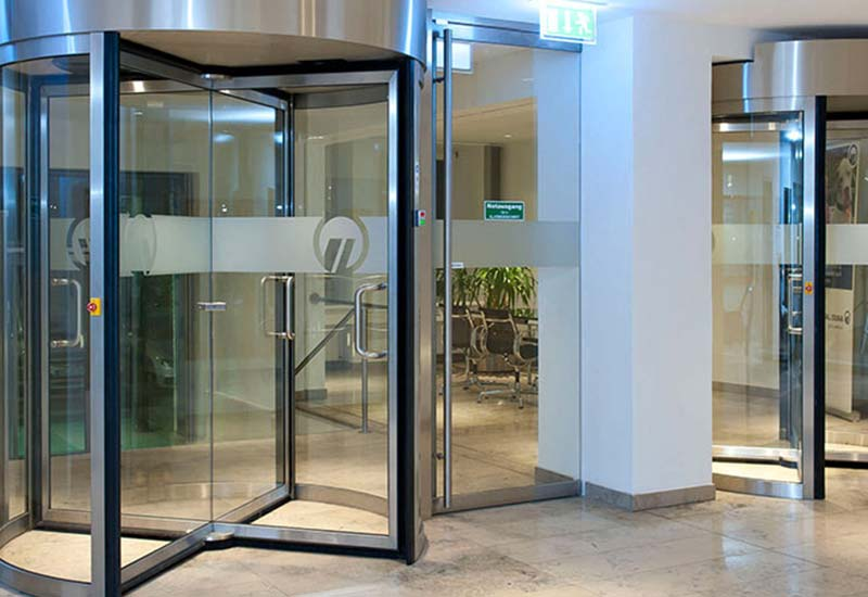 commercial revolving door chicago