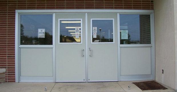Pros of installing a Fiberglass Door