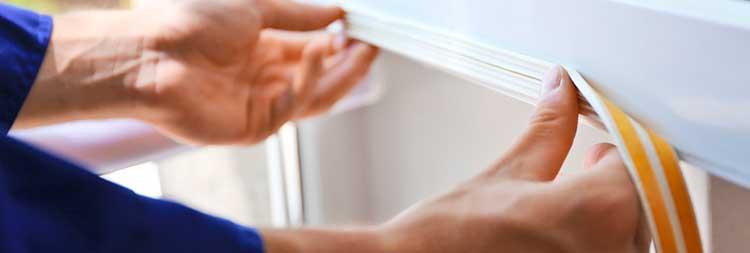 Professional Placing Foam Tape in Glass Window